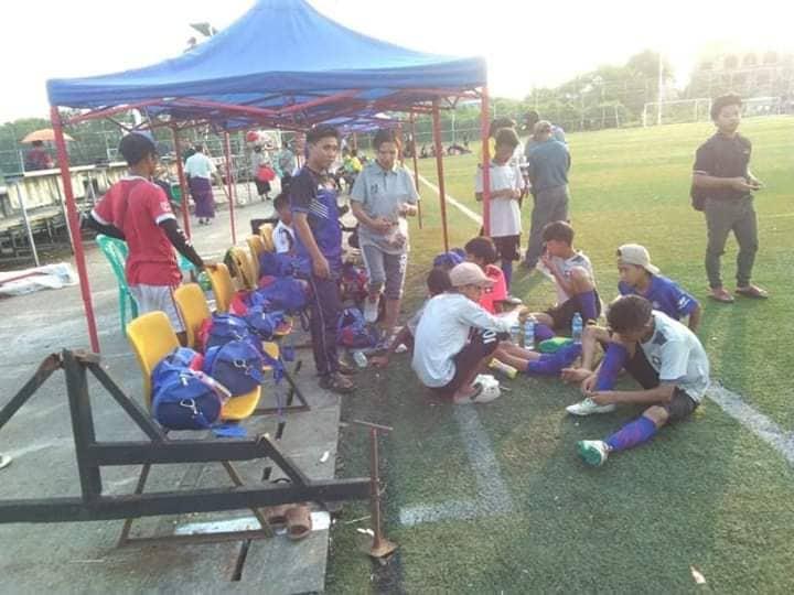 သုံးပွဲဆက်တိုက် ဂိုးပြတ်နိုင်ပွဲရထားသည့် ချင်း U 12 အသင်း ကွာတားဖိုင်နယ်ကို ကစားသမား၁၂ဦးဖြင့် ဆက်လက်ကစားရမည်